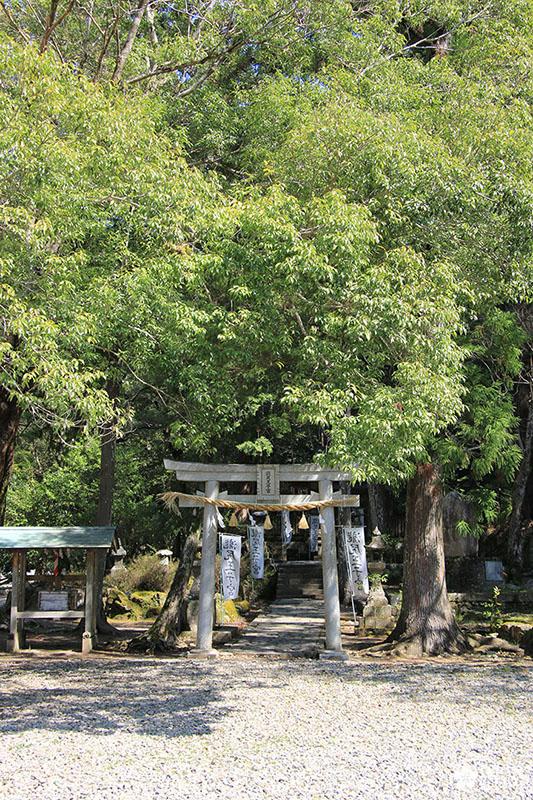 takijiri oji : point de départ du sentier nakahechi