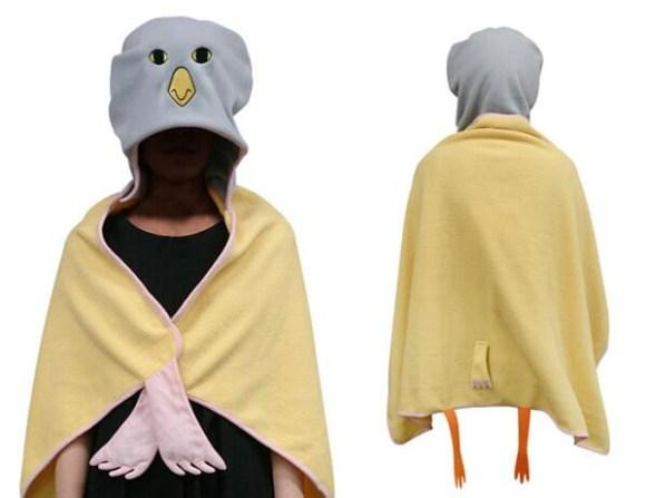 Iwatobi chan hoodie blanket