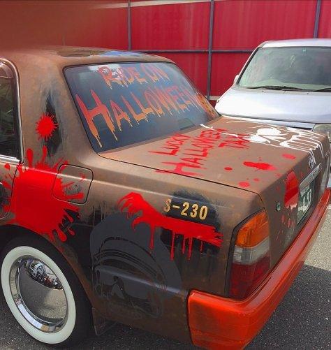 halloween-taxi-4