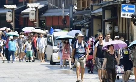 Calor no Japão mata 11 pessoas e deixa milhares de pessoas doentes