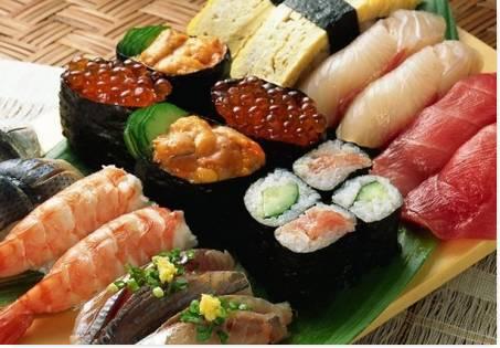 Comida Popular no Japão Sushi
