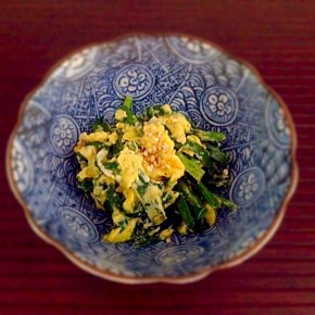 sauté de nira aux œufs  ニラと卵の炒め物