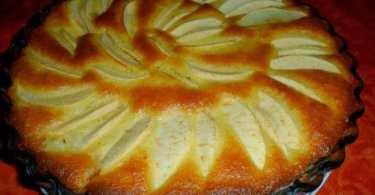 كيكة التفاح بالسميدة