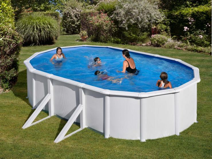 piscine acier ovale gamboahinestrosa