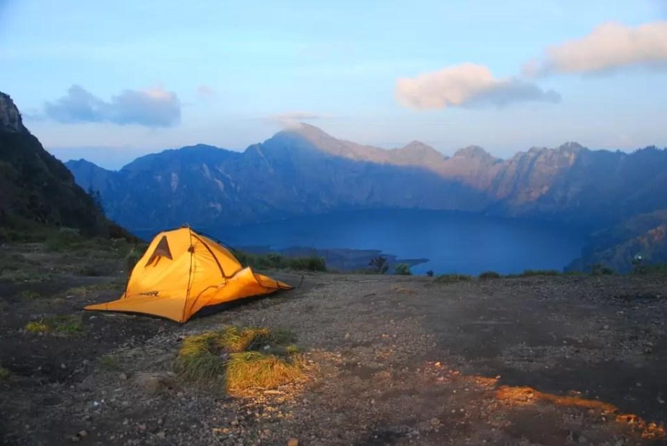 gunung_rinjani_tent