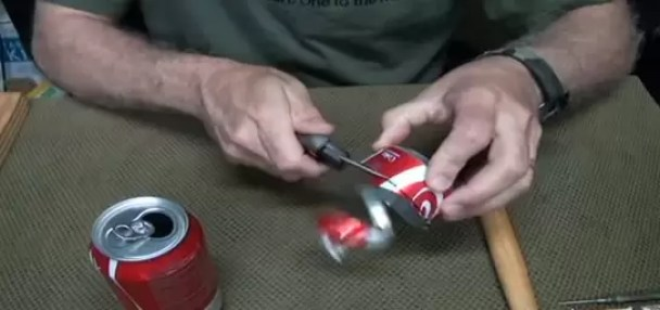 How-to-Make-a-Penny-Can-Stove-3
