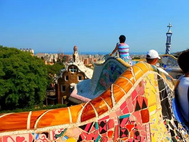 barcelona-583893_640