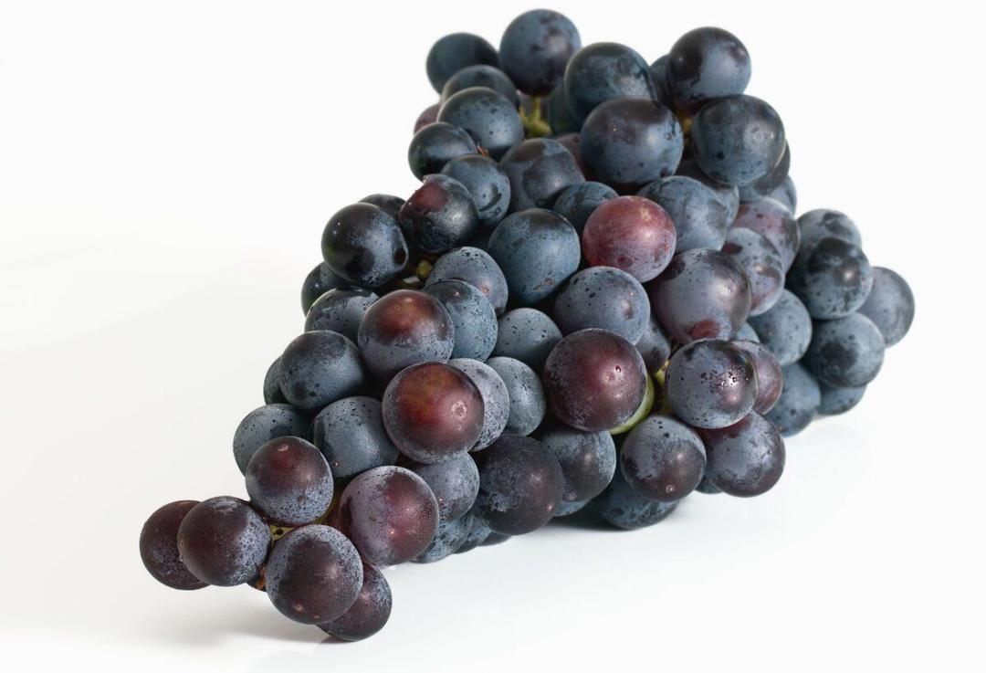 Grapes are simple berries