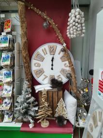Décoration naturelle couleur bois et blanche pour Noël en vente à la jardinerie Pradel Horticulture à Luchon