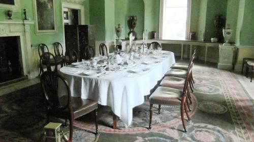 au-au-morley-dining-room-lynne