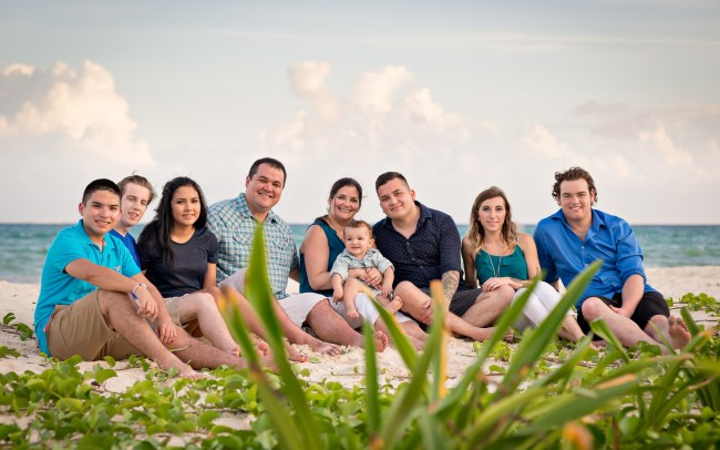 Smith Family Photo Session at Xaman-Ha Ruins