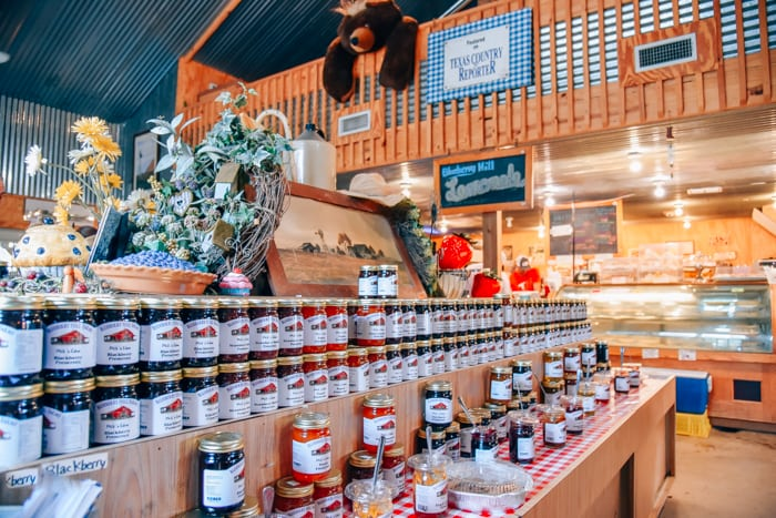 blueberry hills farm country store