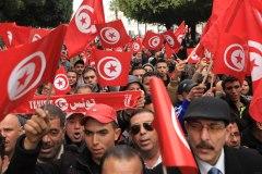 تقييم موقف| تونس: الفساد في الصميم ومخاوف من جمود الانتقال الديمقراطي