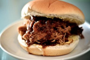 Pulled pork baps