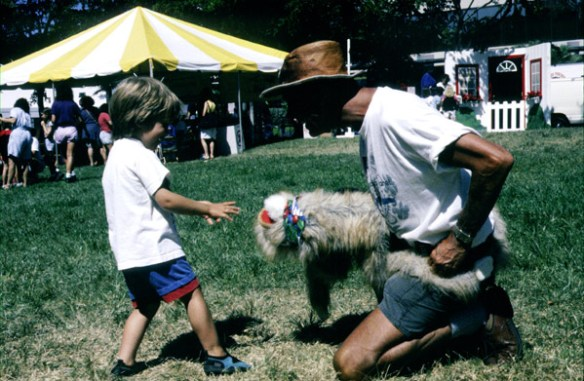 113_TD_stuart_with_kid_and_toy