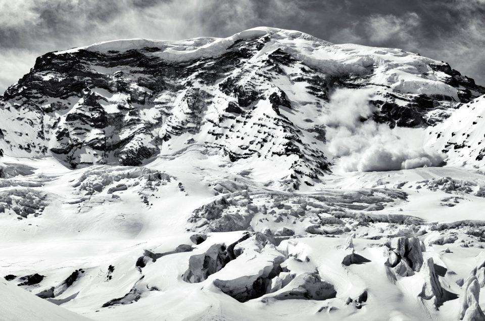 Mount Rainier Ski Circumnavigation