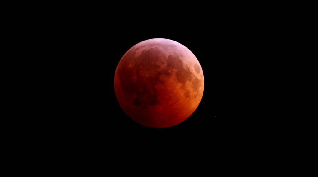 Time lapse video of last night's lunar eclipse