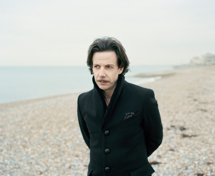 Noah Taylor interview, published in Oh Comely Issue Twenty. Photograph by Toby Coulson.
