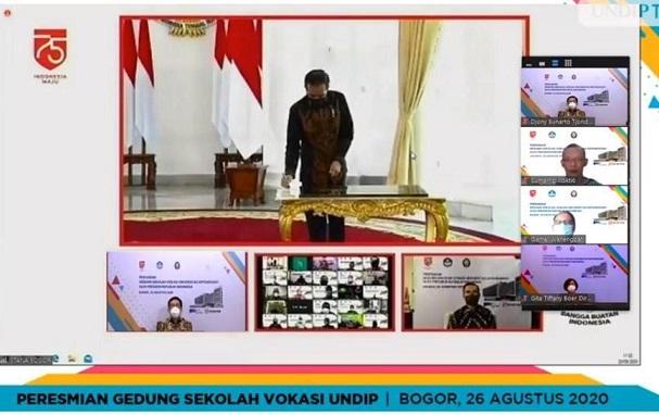Presiden Republik Indonesia Joko Widodo resmikan Gedung Sekolah Vokasi Undip secara virtual
