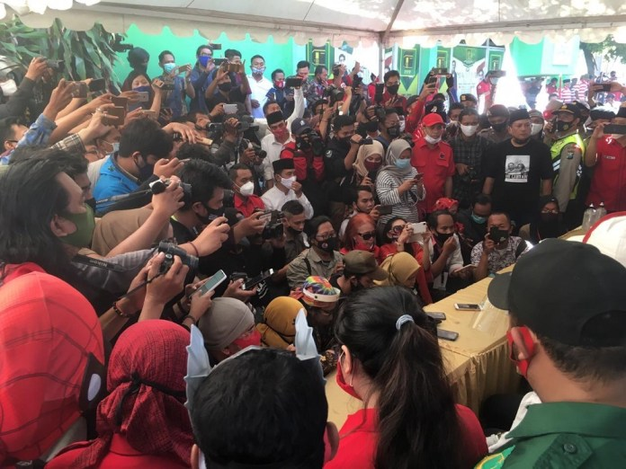KPU Surabaya Gagal Jaga Protokol Kesehatan