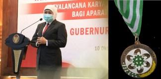 Gubernur Khofifah Raih Penghargaan Pembina K3 Terbaik