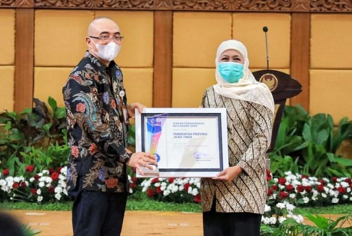 Pemprov Jatim Terima Penghargaan BKN Award 2020 untuk Dua Kategori