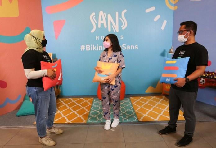 Sans Hotel yang Bergaya Milenial kini Hadir di 4 kota Termasuk Surabaya