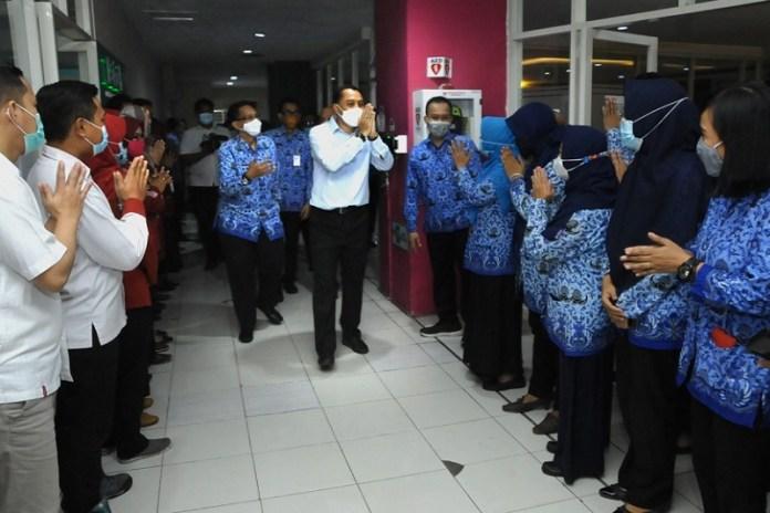 Wali Kota Surabaya Silaturahmi Keliling OPD di Hari Pertama Kerja