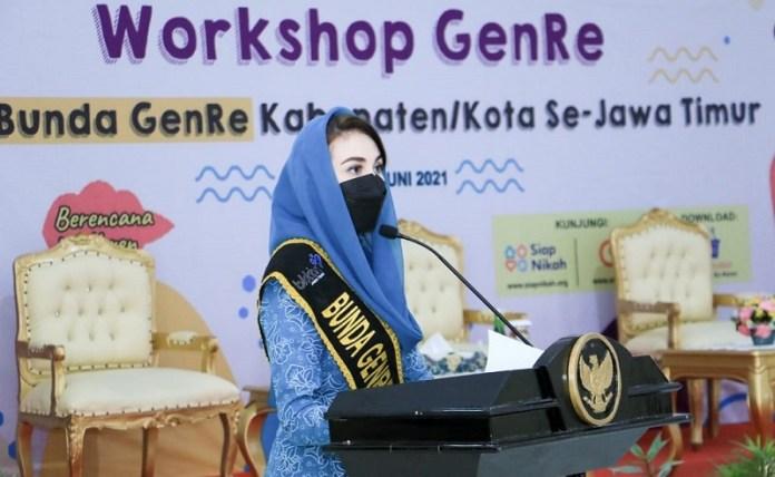 Arumi Bachsin Ingatkan Dampak Pernikahan Dini bagi Remaja