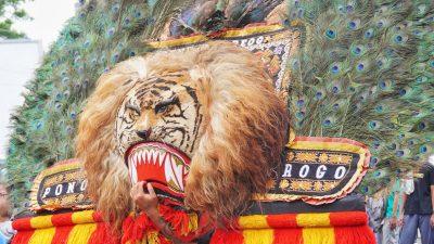 Mengenal Lebih Dalam Reog Sebagai Kesenian Asli Indonesia