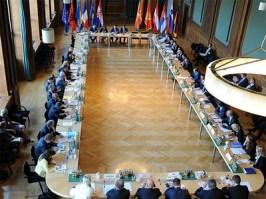 Balkan-Konferenz-midi
