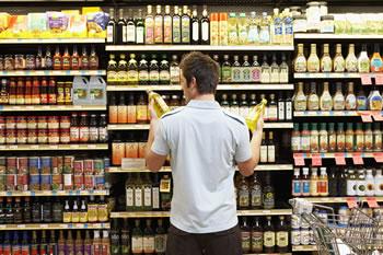 kupac-polica-proizvodi-midi
