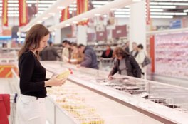 trgovina-zena-kupovina-midi