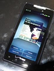 Motorola Droid RAZR - 4