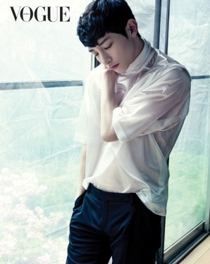 Lee Soo Hyuk di VOGUE