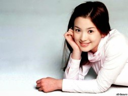 Young Song Hye Kyo as a Model