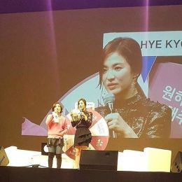 "Song Hye Kyo gave deep concern to all fans attending ""Song Hye Kyo 20th Anniversary Fan Meeting"""