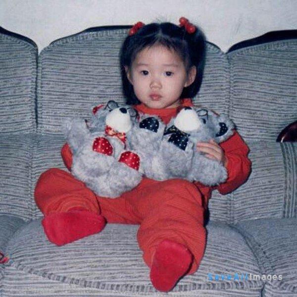 Lee Sung Kyung Childhood Photo