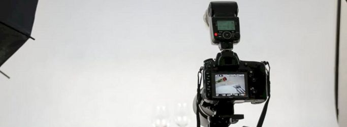 Cara Mengambil Foto Pada Latar Putih