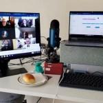 Menghubungkan Chromebook Ke Monitor