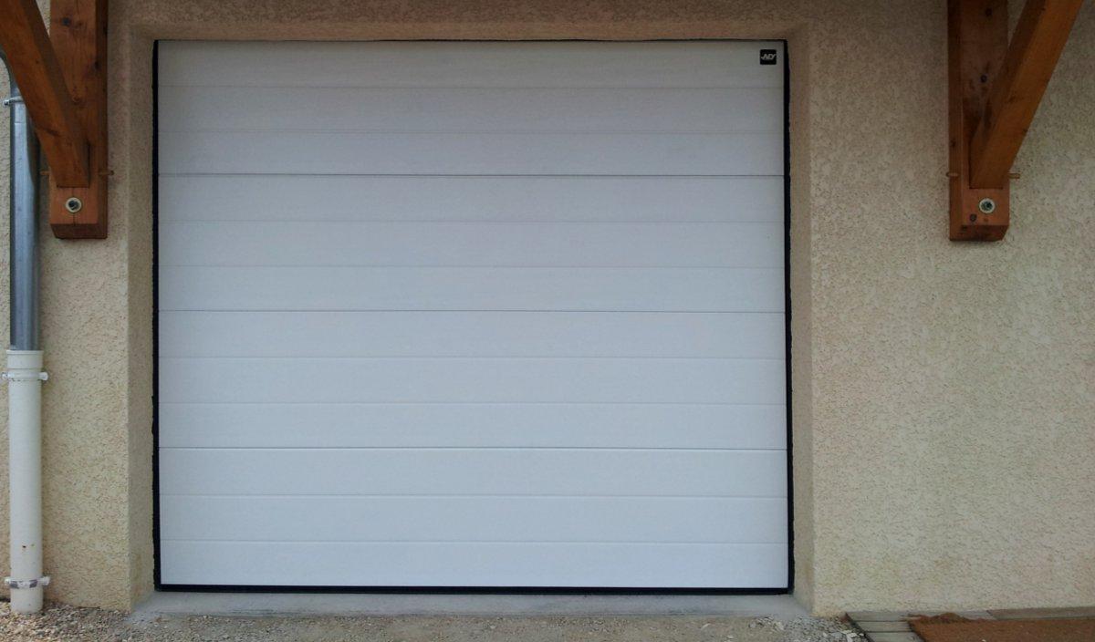 Porte De Garage Sectionnelle VENUS VENUS IMAGE GEOS