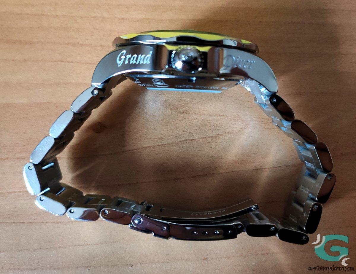 Invicta Grand Diver 3045 review in English