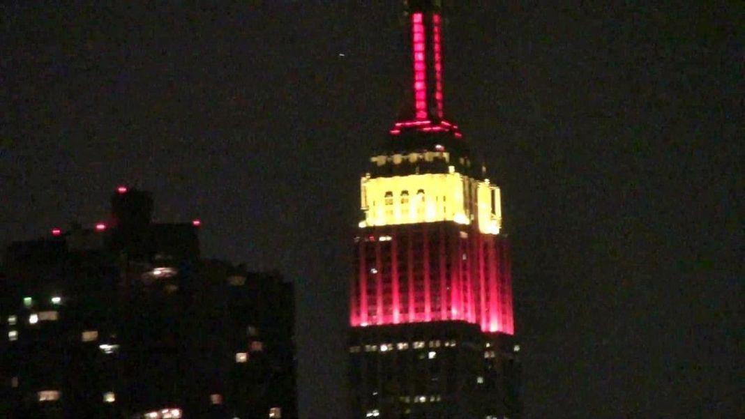 Empire State iluminado con los colores de la bandera española