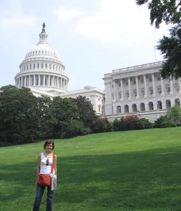 Pilar en los jardines del Capitolio