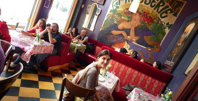Pilar en el B&O Espresso (Capitol Hill, Seattle)