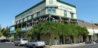 Hotel Jeffery (Coulterville, California) en el verano de 2012