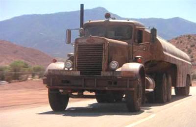 Si viajas a California, conviene que vigiles el retrovisor...