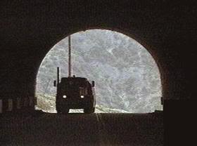 """El camión, vigilante... """"El DiabloSobre Ruedas"""" (""""The Duel"""", 1971)"""