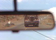 """¡ El camión sigue detrás ! """"El DiabloSobre Ruedas"""" (""""The Duel"""", 1971)"""