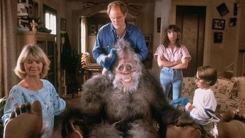 """La familia Henderson al completo. Big Foot y los Henderson (""""Harry and the Hendersons"""", 1987)"""